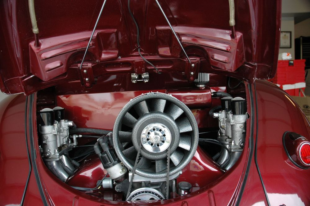 1963 VW Bug Convertible_Engine_28.JPG