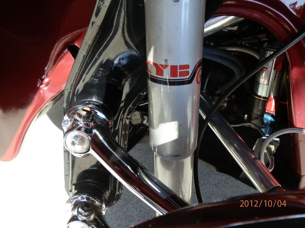 KYB Shocks on Adjustable Front Beam & Lowered Spindles