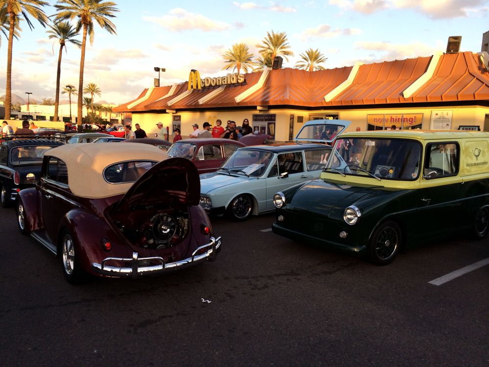 At Scottsdale Pavillions Saturday Cruise