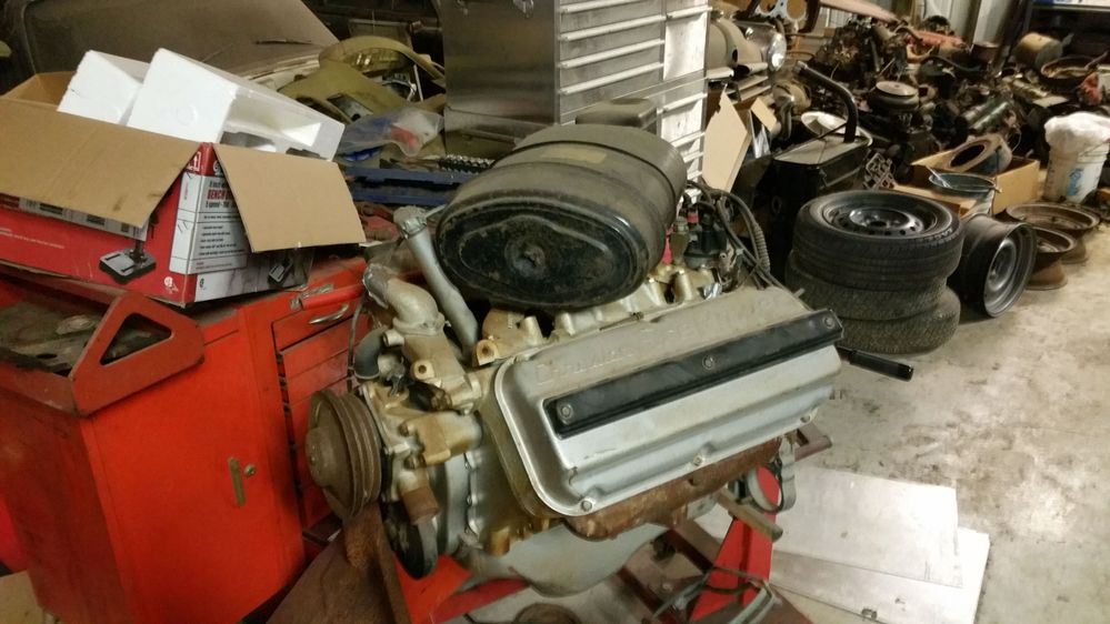Several 50's Hemis around