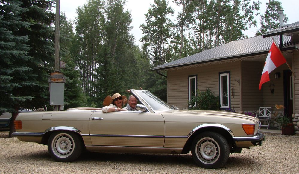 Our Mercedes 350SL.JPG